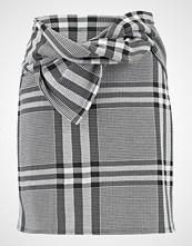 Dorothy Perkins CHECK BOW Miniskjørt black/white