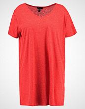 New Look Curves BOYFRIEND  Tshirts red