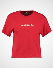 Miss Selfridge OOH LA LA  Tshirts med print red