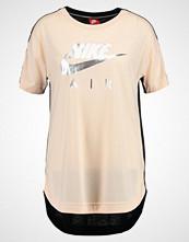 Nike Sportswear NSW Tshirts med print orange quartz black