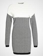 Morgan Strikket kjole noir/off white