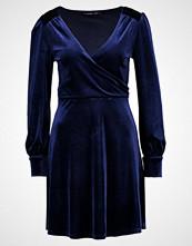 Even&Odd Sommerkjole dark blue