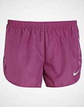 Nike Performance DRY MODERN TEMPO EMBOSSED Sports shorts tea berry/reflective silver