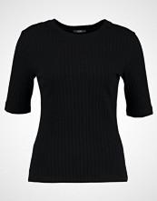 KIOMI Tshirts black