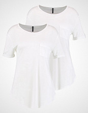 FREE|QUENT TRISA Tshirts offwhite
