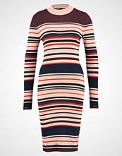 Yas YASMILAN  Strikket kjole night skystripes:multi colour stripe