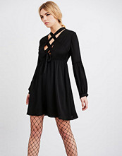 Lost Ink LACE UP DRESS FIT AND FLARE Cocktailkjole black