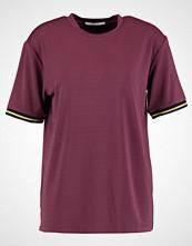 Day Birger et Mikkelsen DAY SWAG Tshirts med print winetasting