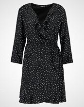Only ONLEMMA WRAP DRESS Sommerkjole black