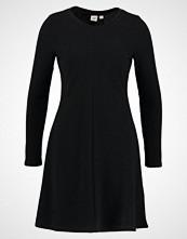 GAP SWING Strikket kjole true black