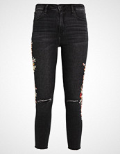 Abercrombie & Fitch XM17WASHED Slim fit jeans ripped black