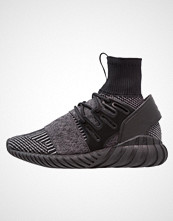 Adidas Originals TUBULAR DOOM PK Joggesko core black/grey four
