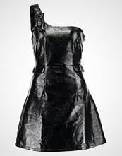 Lost Ink VINYL BUCKLE DRESS Sommerkjole black
