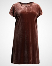 Glamorous Curve Jerseykjole brown