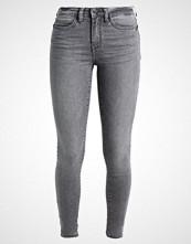 Noisy May NMLUCY  Jeans Skinny Fit light grey denim
