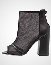 New Look SARDINE Ankelboots med høye hæler black