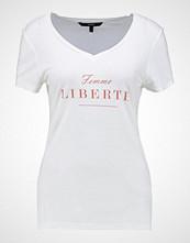 Vero Moda VMNORA BOX  Tshirts med print snow white