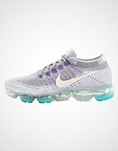 Nike Performance AIR VAPORMAX FLYKNIT Nøytrale løpesko cool grey/white/pure platinum/wolf grey/new green