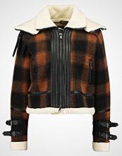 New Look KENNY CHECK BONDED FLYING Lett jakke brown pattern