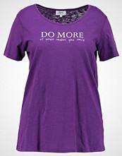 Zizzi TSHIRT Tshirts med print grape royal