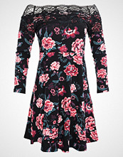 Dorothy Perkins Petite LACE TRIM FLORAL BARDOT DRESS Jerseykjole black