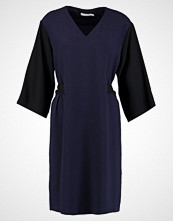 Finery London POPHAM TIE FRONT SHIFT DRESS Sommerkjole black/navy