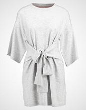Ted Baker OLYMPY TIE FRONT  Strikket kjole light grey