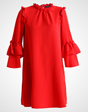 Dorothy Perkins CREPE RUFFLE DRESS Sommerkjole red