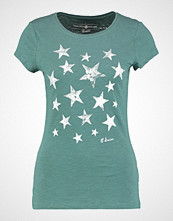 Tom Tailor Denim FITTED PRINT Tshirts med print sea pine green