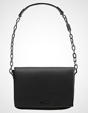 Calvin Klein NIGHT OUT MEDIUM SHOULDER Skulderveske black