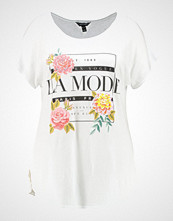 New Look Curves LA MODE Tshirts med print white
