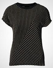 KIOMI STRIPED Tshirts med print black