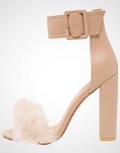 Public Desire POWER Sandaler med høye hæler nude
