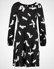 Wallis DRAGON FLY VNECK SWING DRESS Jerseykjole black