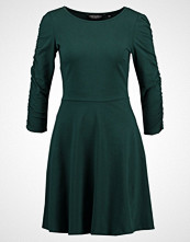 Dorothy Perkins RUCHED SLEEVE DRESS Jerseykjole green