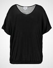 Zizzi Tshirts black