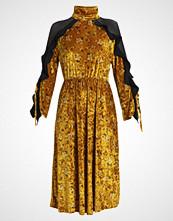 Sister Jane GOLD RUSH MIDI DRESS Fotsid kjole yellow