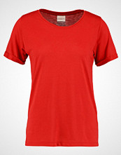 Selected Femme SFSANNI TEE Tshirts mars red