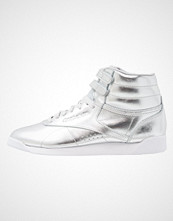 Reebok Classics FREESTYLE METALLIC Høye joggesko silver metallic/steel/white