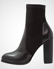 Even&Odd Støvletter black