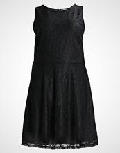 Anna Field Curvy Cocktailkjole black