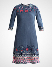 Ivko DRESS INTARSIA PATTERN Strikket kjole stoneblue