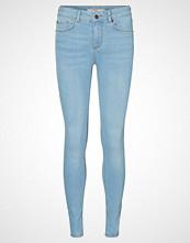 Vero Moda LUX NW Slim fit jeans medium blue denim