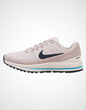 Nike Performance AIR ZOOM VOMERO 13 Nøytrale løpesko vast grey/thunder blue/particle rose/summit white/equator blue