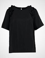 Saint Tropez RUFFLE DETAILS  Bluser black