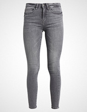 Noisy May NMJULIE PUSH UP Jeans Skinny Fit light grey denim