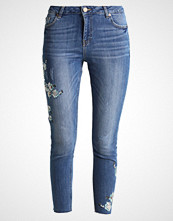 Dorothy Perkins FLORAL EMBROIDED DARCY Jeans Skinny Fit mid wash