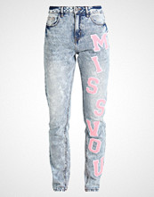 Noisy May NMDONNA MOM PATCH  Slim fit jeans light blue denim
