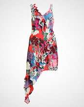 Lost Ink FLORAL PRINT FRILL AYSMETRIC HEM DRESS Sommerkjole multiprint/pink
