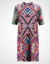 Adidas Originals DRESS Jerseykjole multicolor